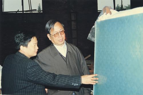 中国建材协会会长张人为多次来公司指导工作